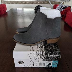 Kensie Leather Short Zip Up Boot 10